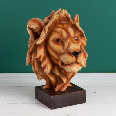 WOOD EFFECT LION HEAD FIGURE